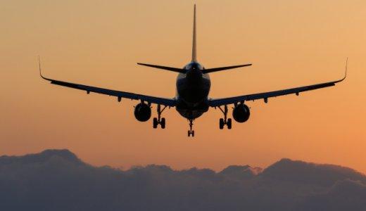 新幹線と飛行機のどっちを選ぶか。飛行機の速さだけではない新幹線の安定感